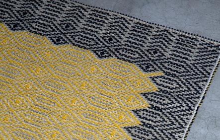 Allover-Carpet,-Pretziada-Studio,-Mariantonia-Urru_low